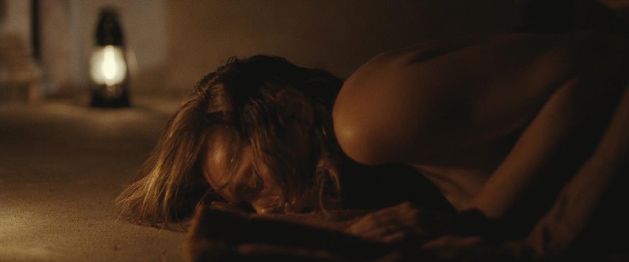 Elizabeth olsen rape scene